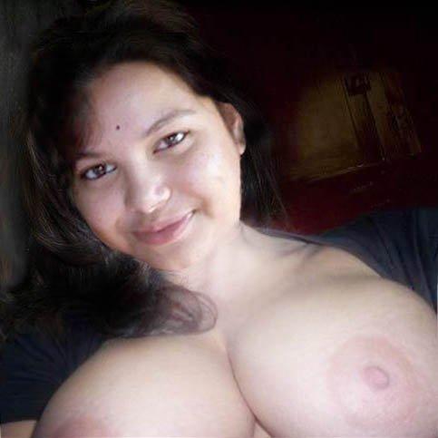 Nude Selfie 4727