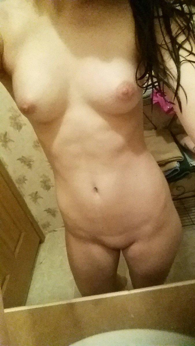 Nude Selfie 4729