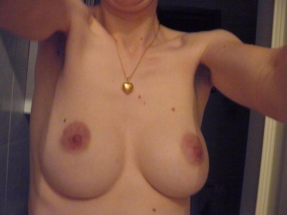 Nude Selfie 4733