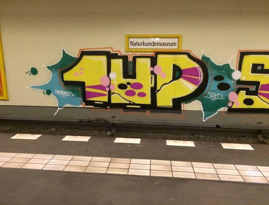 Graffiti graffitisupplies 1up today in berlin berlin berlinwriters graffiti bombing 1up graff by berlinwrpic twitter com bqt0dxxd3f