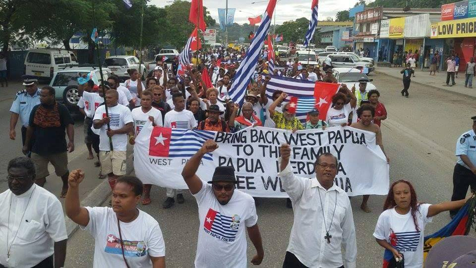 Why is #Indonesia's Government scared of #Melanesian unity? New statement from @BennyWenda https://t.co/RIZeYUe3dm https://t.co/0DLgG2GIQq