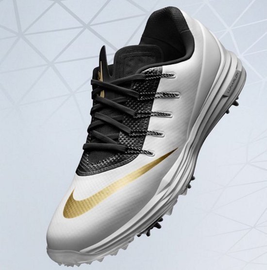 Rory mcilroy is wearing kobe bryant-inspired cleats for the masters ... 619499aa30ff