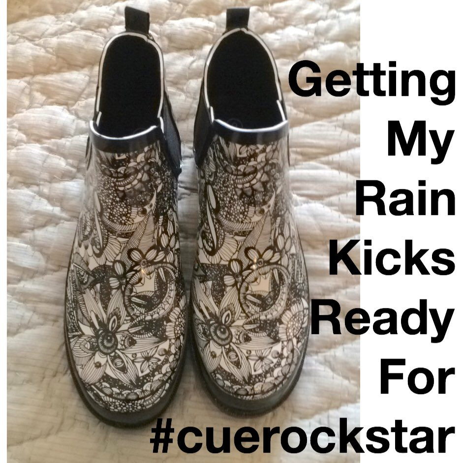 #cuerockstar #steampunk rain in SLO this weekend, but I'll be ready @peerlessgreen @annkozma723 @LindseyBlass1 https://t.co/5nLYl98yhs