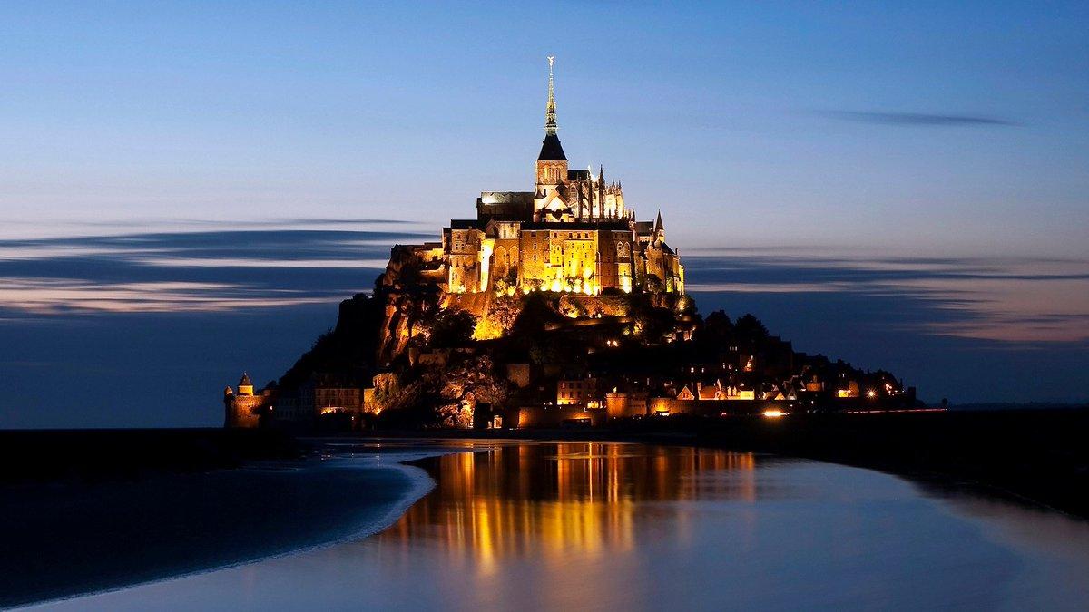 5 Of The Most Stunning #Castles In #France https://t.co/4K36vhORuO  #Travel #TravelTips https://t.co/uepIOlNS7j
