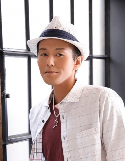 【訃報】アニソン歌手・和田光司さん死去 42歳 https://t.co/McTZRp38wZ  今月3日、上咽頭がんのため亡くなったと所属事務所が発表した。デジモンアドベンチャー』の主題歌「Butter-Fly」で知られる。