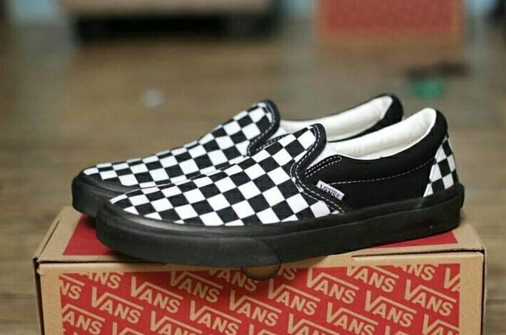 Vans Slipon checkerboard black sole ID
