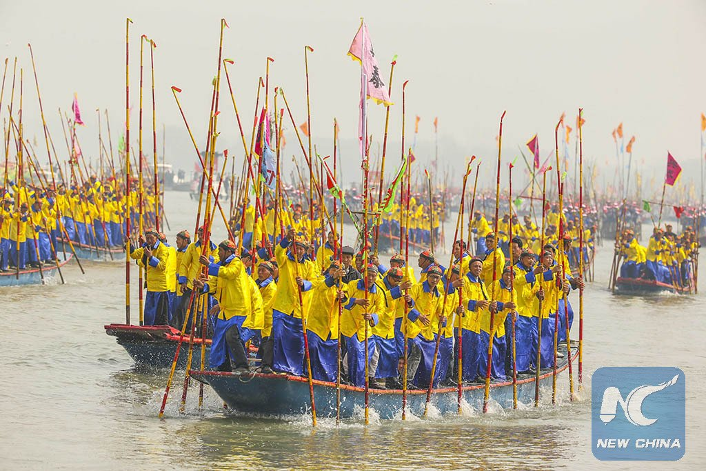 Exciting! More than 400 boats gather for centuries-old Qintong Boat #Fair in E China's Jiangsu