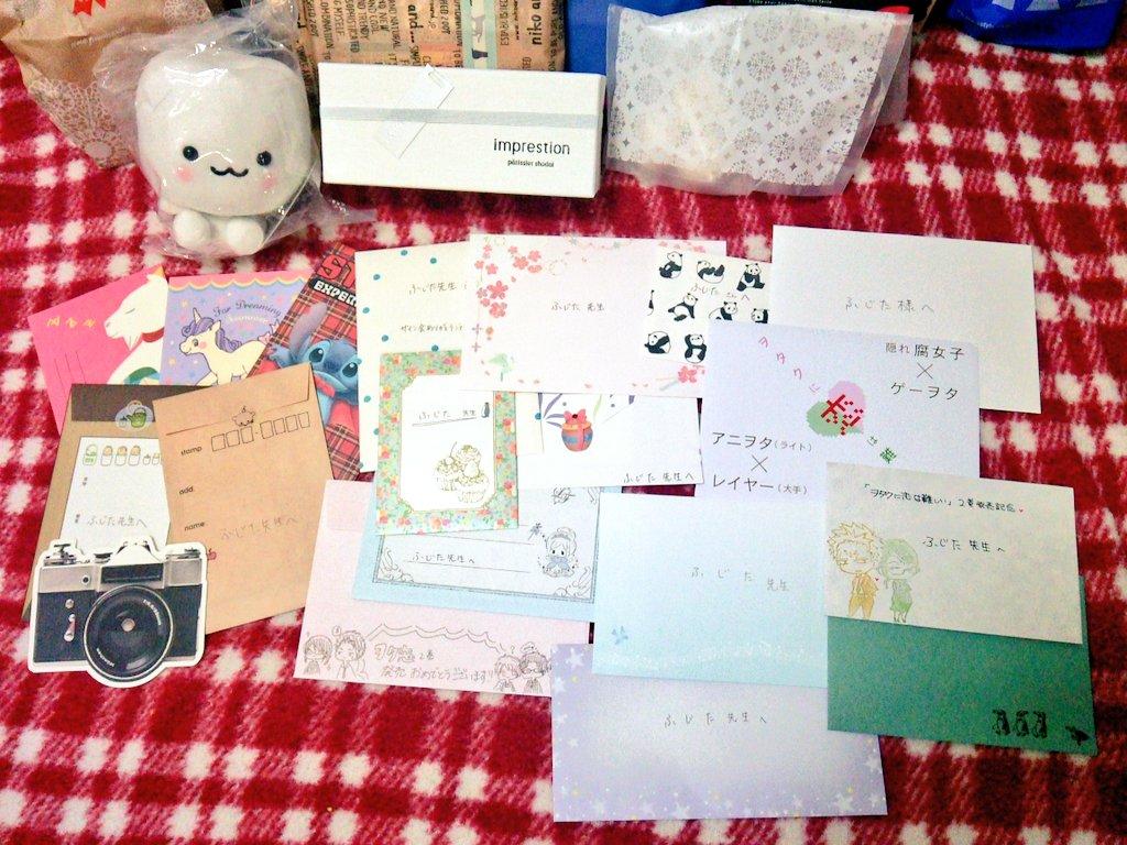 後れ馳せながらサイン会、本当にありがとうございました!差し入れ、お手紙、サプライズ色紙はもちろん、かけてくださったお言葉、笑顔、全てが私だけの宝物です!この言葉にできない感謝の気持ち、作品で返します。待っててやってください!