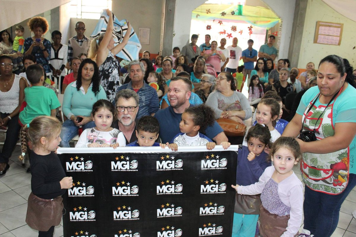 O Grêmio Independente tem a sua sede no bairro e realiza muitas ações sociais na comunidade. https://t.co/DOpM1pSIWT