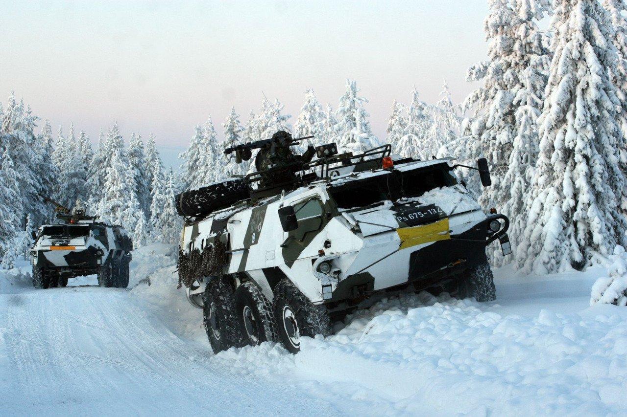 XA-180装甲兵員輸送車