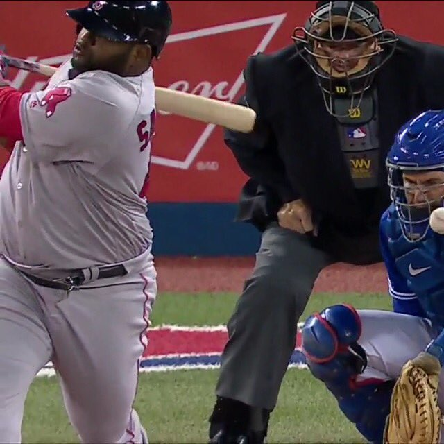 Pablo Sandoval's belt snapped in mid swing. I will just leave that fact there. #RedSox @RedSox https://t.co/5rlOAVNW5i