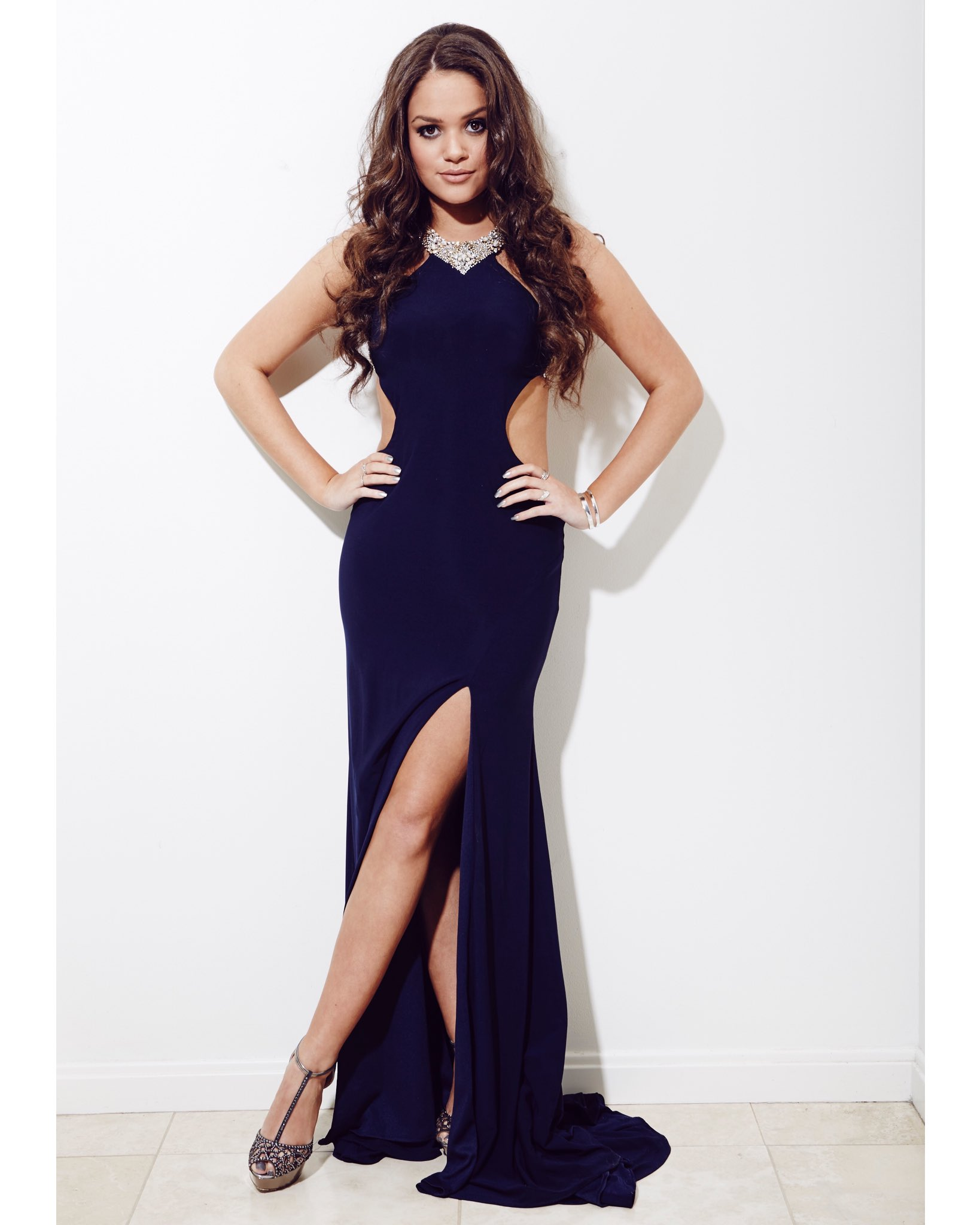 """Madison Pettis on Twitter: """"My prom is 2 weeks from ..."""