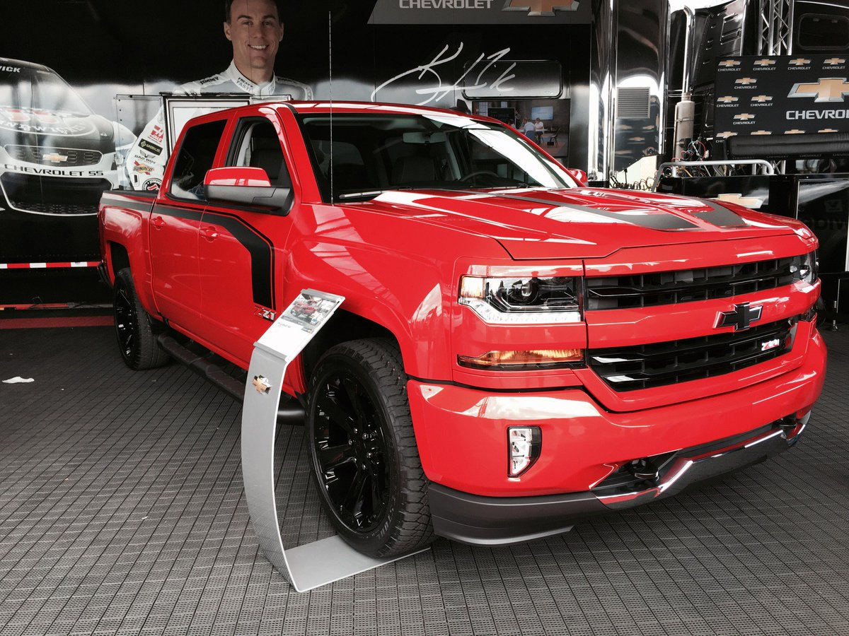 Chevy Trucks On Twitter The 2016 Silverado Rally Edition Made A Strong Public Debut At Txmotorsdway Https T Co Uv9k55nj0f