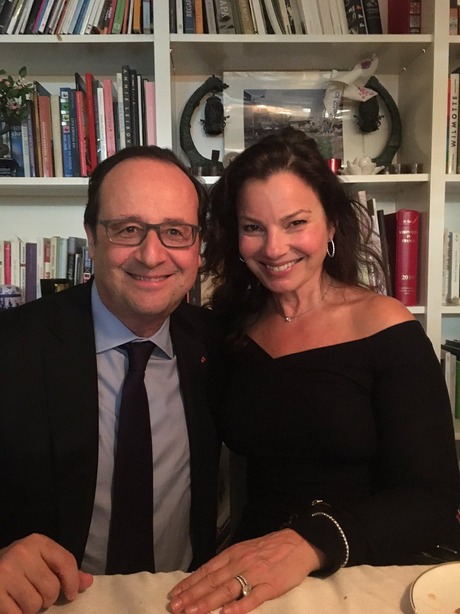 Just had dinner with Pres. Hollande of France! Ooh la la https://t.co/8V7gIKjmtt