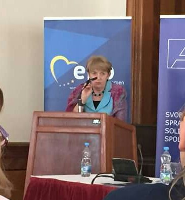Maria Rauch-Kallat (Austria) gives her vision on &#39;Women on boards&#39; #EPPW #CDAV @strankaSDS @zenski_odborSDS<br>http://pic.twitter.com/FoLGK5q2UQ