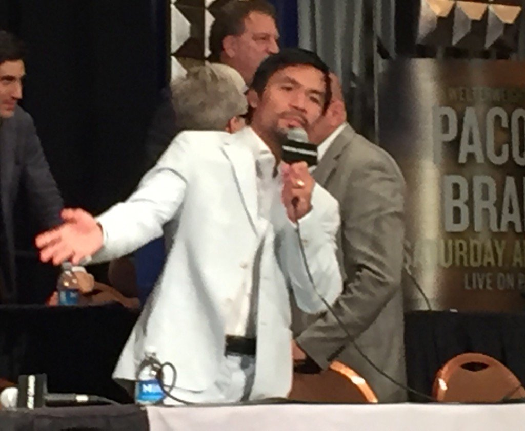 Manny says goodbye and thank you. @mannypacquiao @CommDigiNews #PacBradley https://t.co/HQKQtoabHo