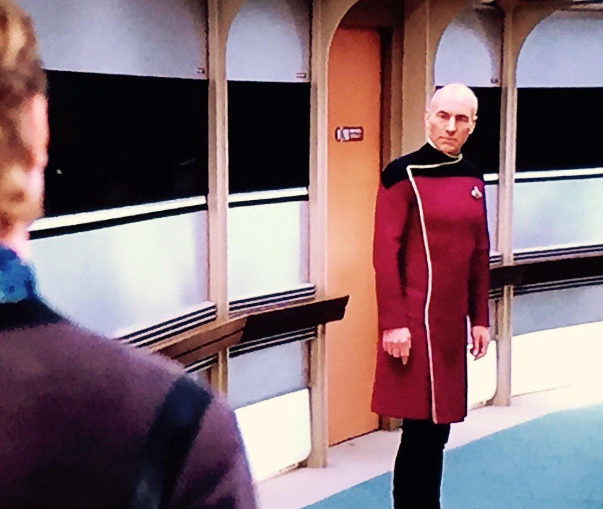 Look at this precious starmuffin in his DRESS uniform. <3 https://t.co/UEGw2u8TAI