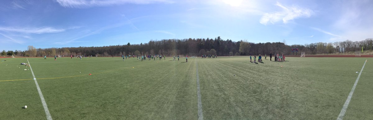 Great first @WellesleyScoops Spring Session!!! #scrimmagesundays #growthegame @USAFieldHockey