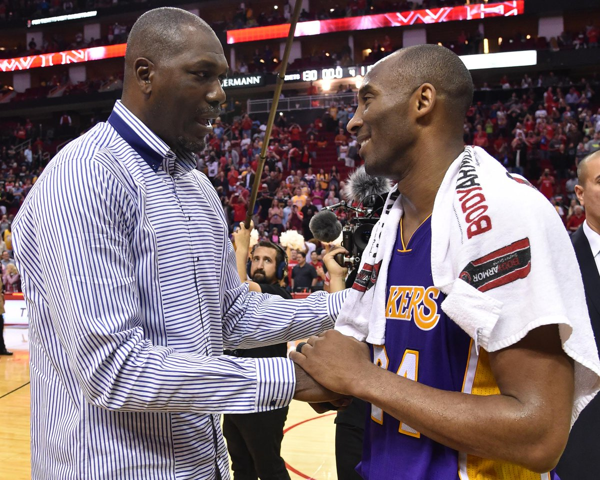 CHAMPIONS... @DR34M & @kobebryant embrace in Houston! #KB20