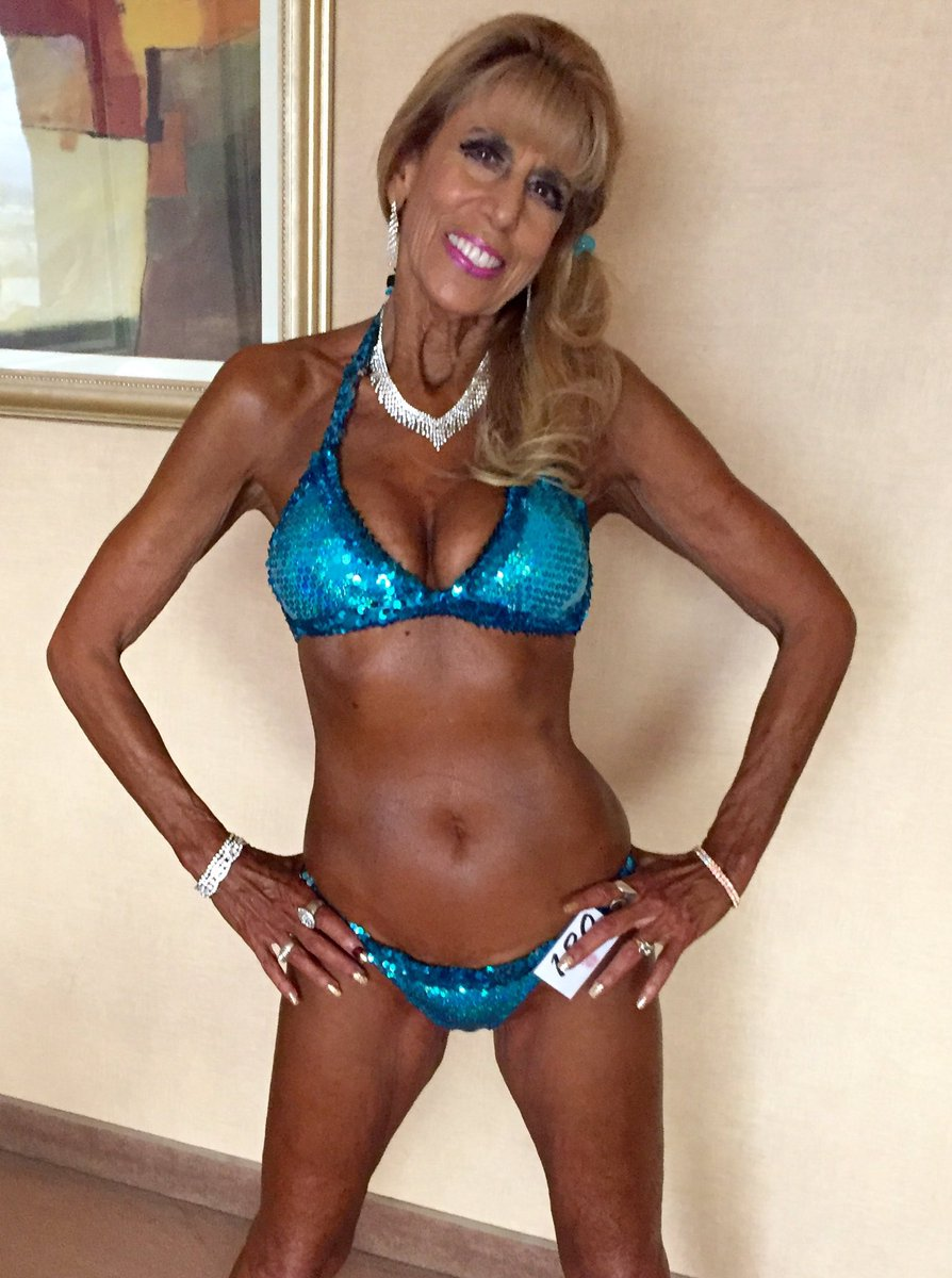 cindy-margolis-bikini-pics