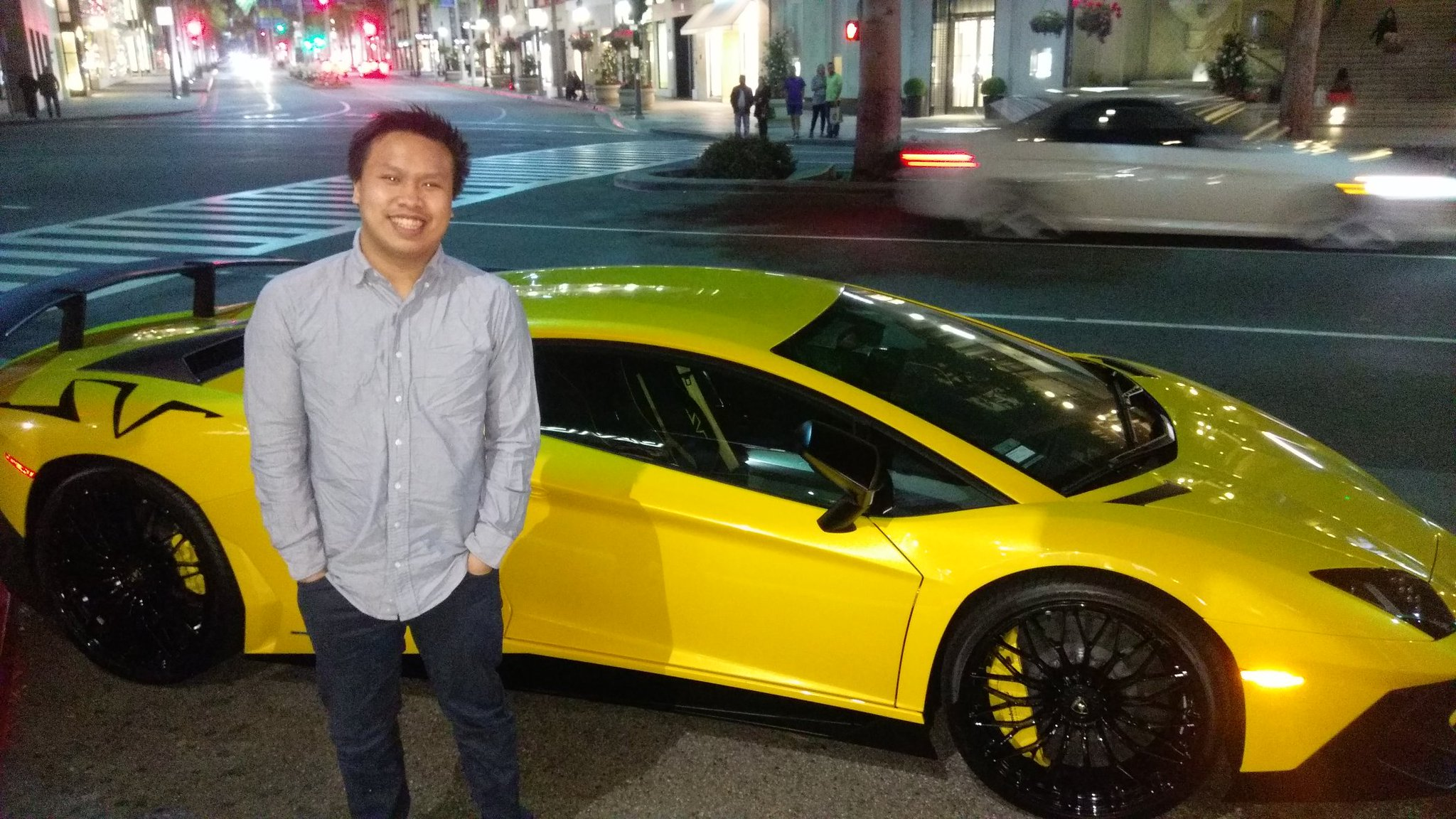 Andy Dinh net worth