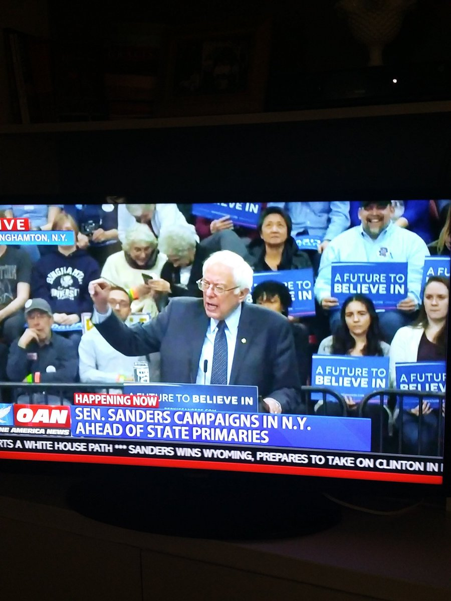 """""""We are going to invest in jobs and education, not jails and incarceration."""" -Bernie Sanders in Binghamton, NY https://t.co/CNLrK3hD7y"""