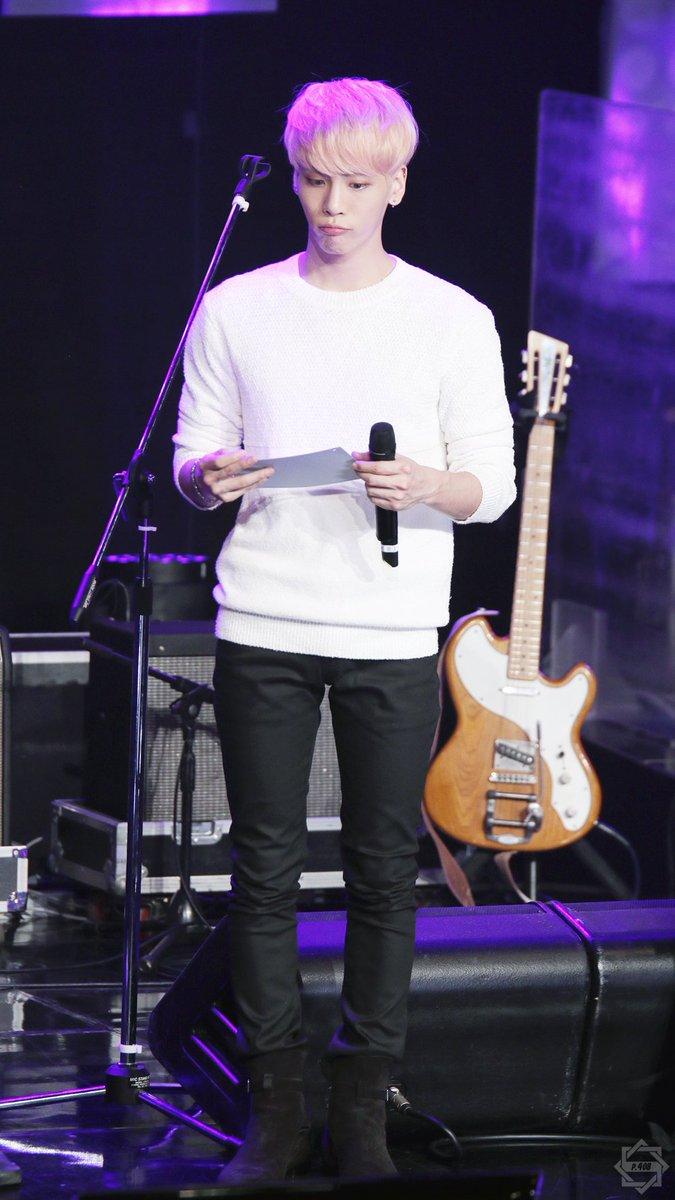 160426 Jonghyun @ MBC Live Concert - Blue Night Cg-2ZbjU4AAOoyQ