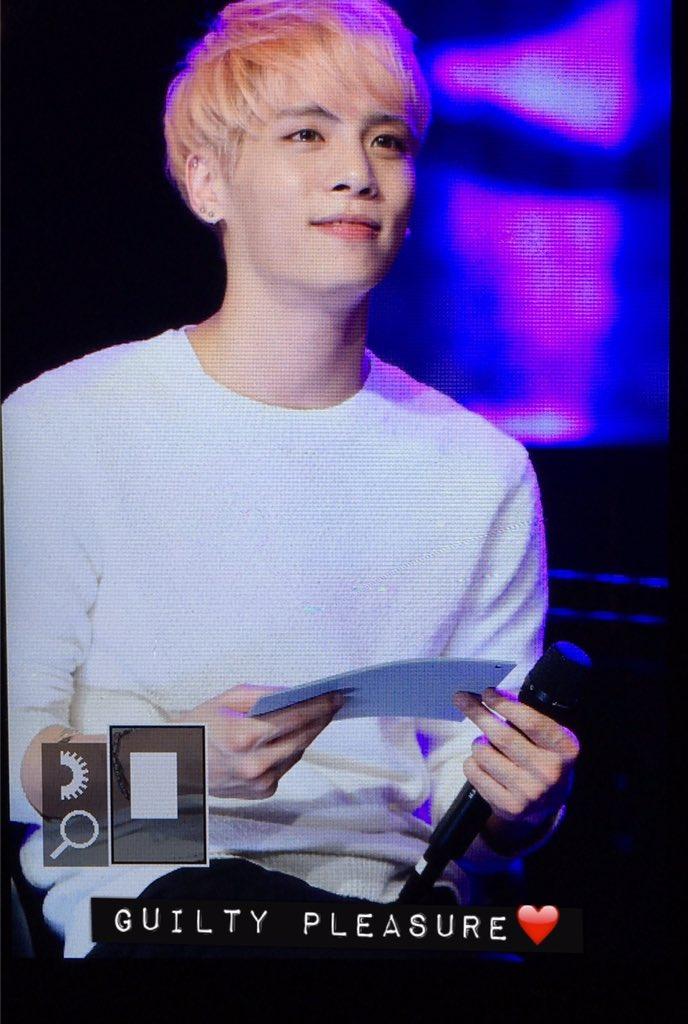 160426 Jonghyun @ MBC Live Concert - Blue Night Cg-AYVXW0AEeROU