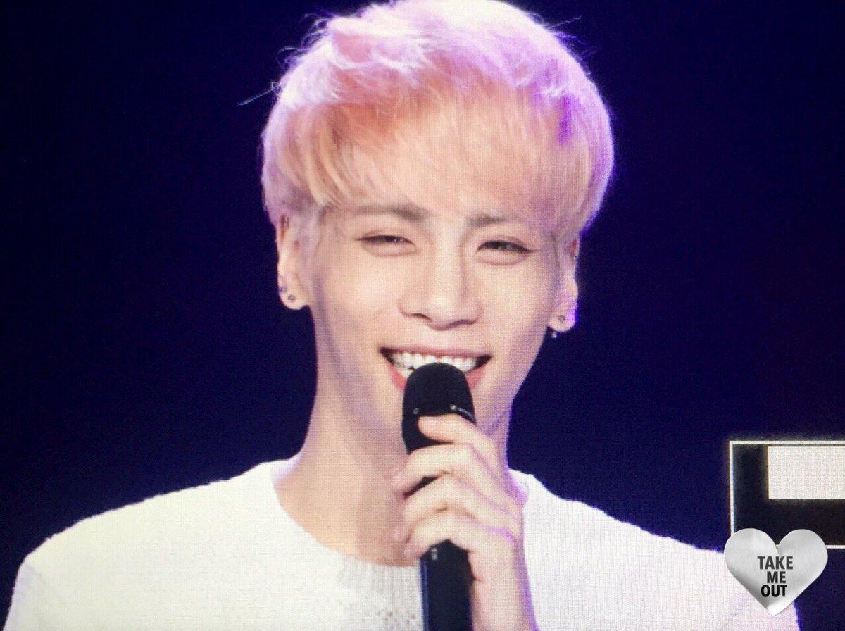 160426 Jonghyun @ MBC Live Concert - Blue Night Cg-Aps2WIAAvrWd