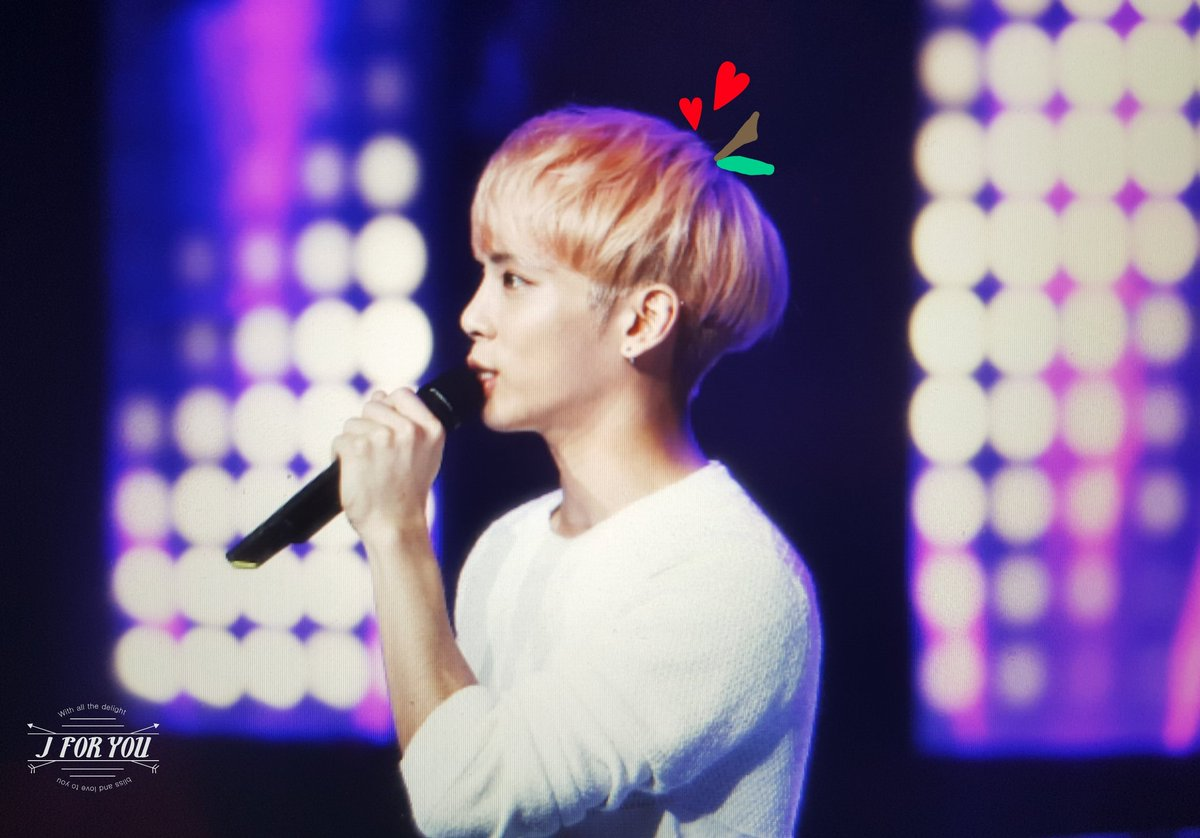 160426 Jonghyun @ MBC Live Concert - Blue Night Cg-BOieW4AE8gJ7