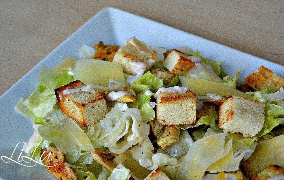 Салати з куркою рецепти