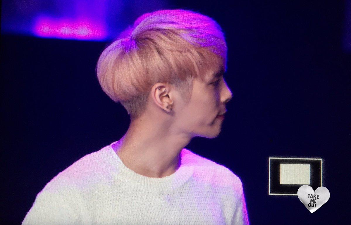 160426 Jonghyun @ MBC Live Concert - Blue Night Cg-IilvWUAAYOn5