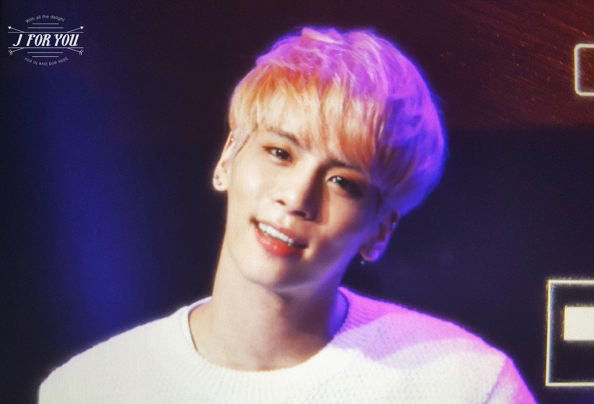 160426 Jonghyun @ MBC Live Concert - Blue Night Cg-Jo9gUUAAdjv4