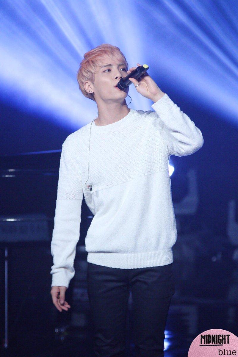 160426 Jonghyun @ MBC Live Concert - Blue Night Cg-PKSjWwAA6m5l