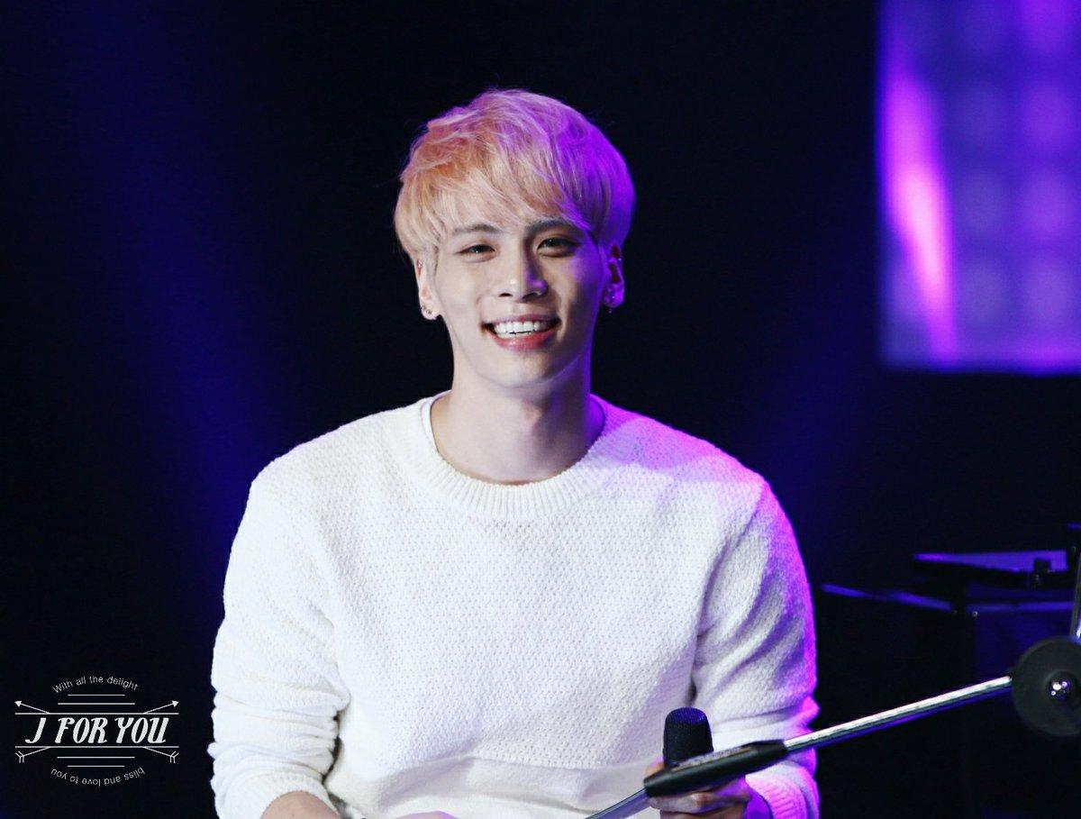 160426 Jonghyun @ MBC Live Concert - Blue Night Cg-RoRmUcAAK9cr