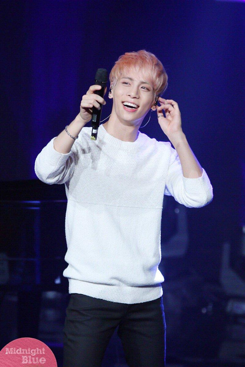 160426 Jonghyun @ MBC Live Concert - Blue Night Cg-YBDMU0AAkVeD