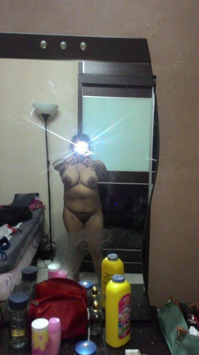 Nude Selfie 5034