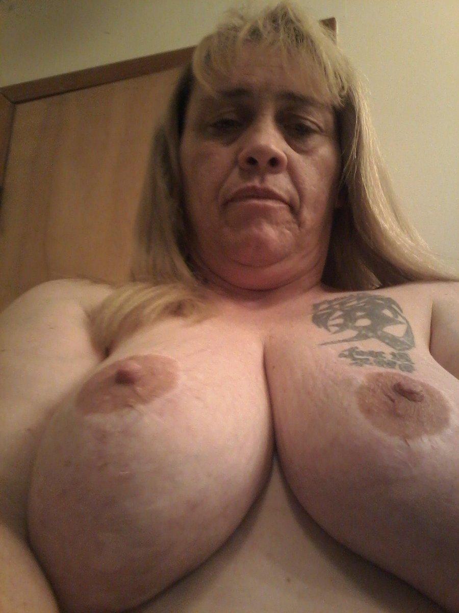 Nude Selfie 5035