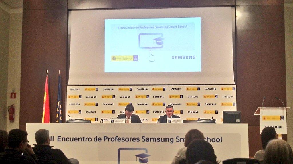 Comienza el II Encuentro de #Profesores #SamsungSmartSchool https://t.co/ggJ0F5msCv