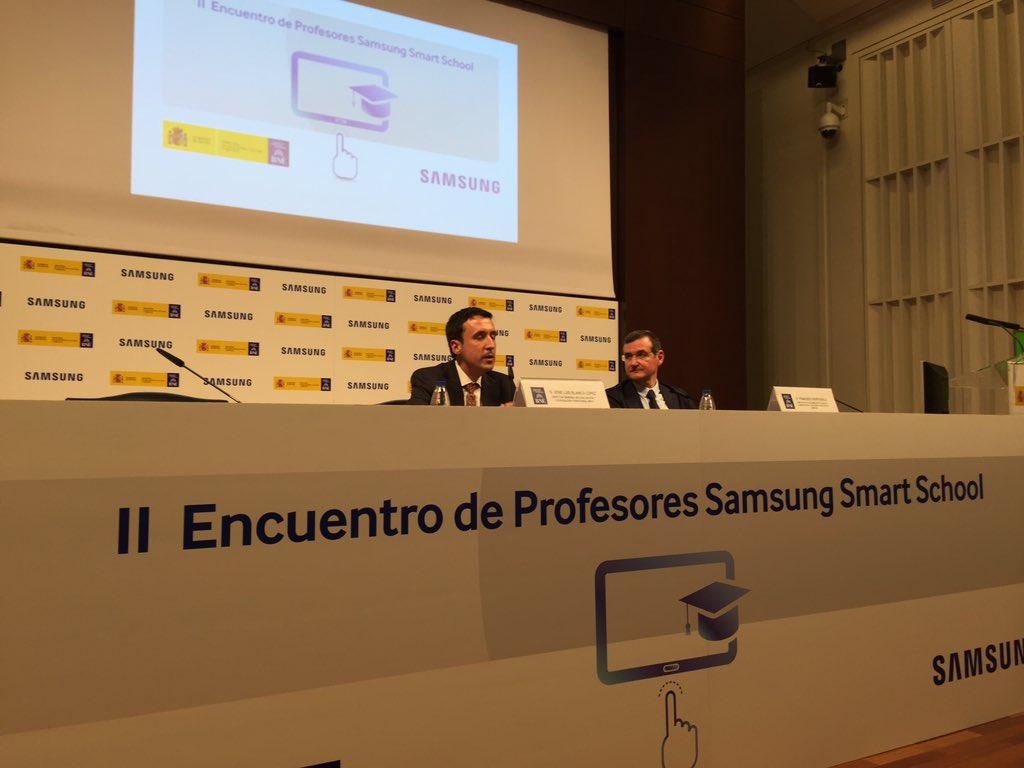 José Luis Blanco inaugura el II Encuentro de Profesores #SamsungSmartSchool https://t.co/Ys3rqE7xcV