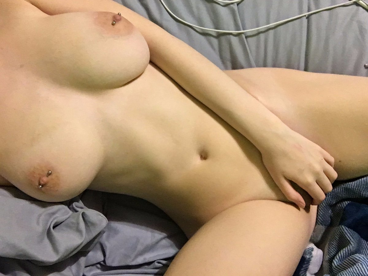 Nude Selfie 5069