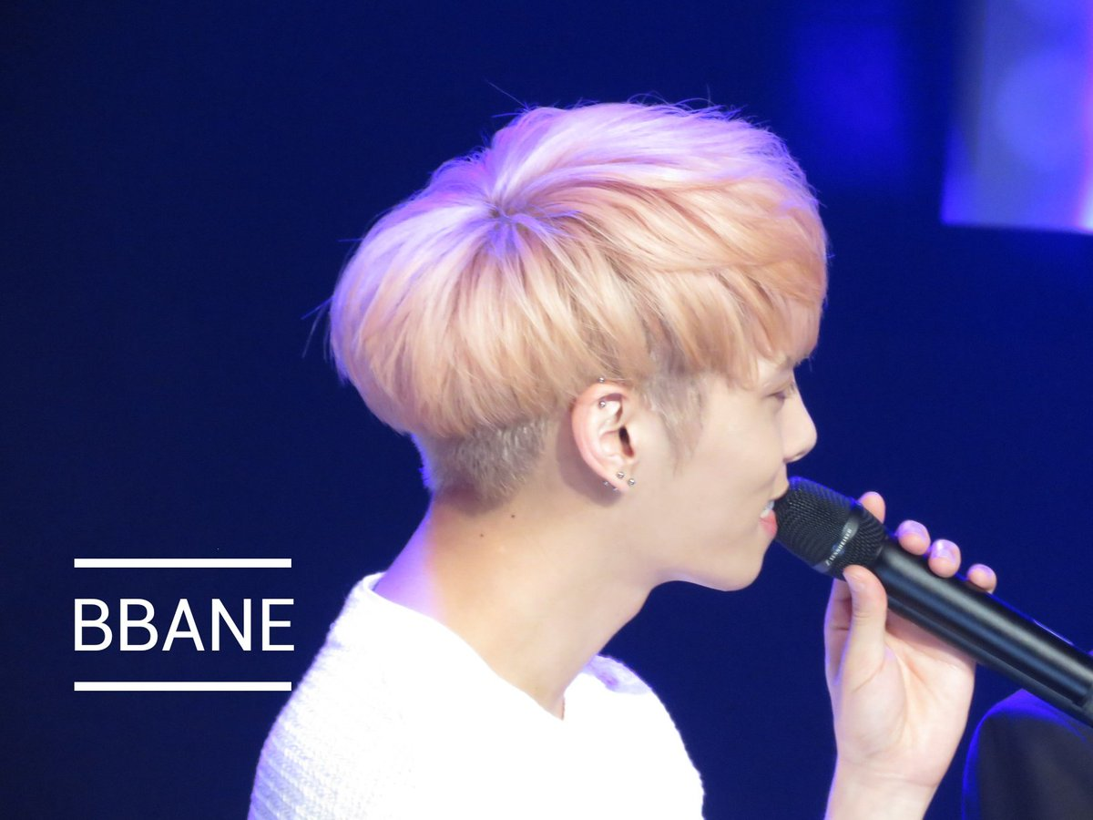160426 Jonghyun @ MBC Live Concert - Blue Night Cg-fyvlU8AAY1Nt