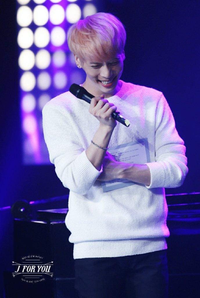 160426 Jonghyun @ MBC Live Concert - Blue Night Cg-ggxoU8AAdoSd