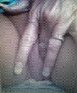 Nude Selfie 5085