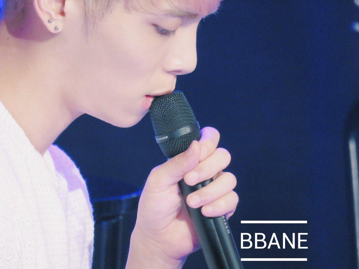 160426 Jonghyun @ MBC Live Concert - Blue Night Cg-h2oUUUAAwghc