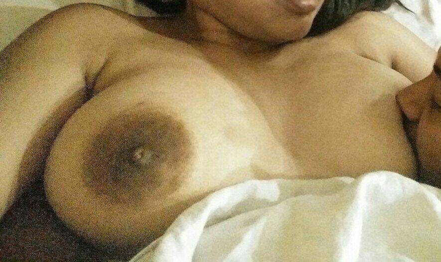 Nude Selfie 5103