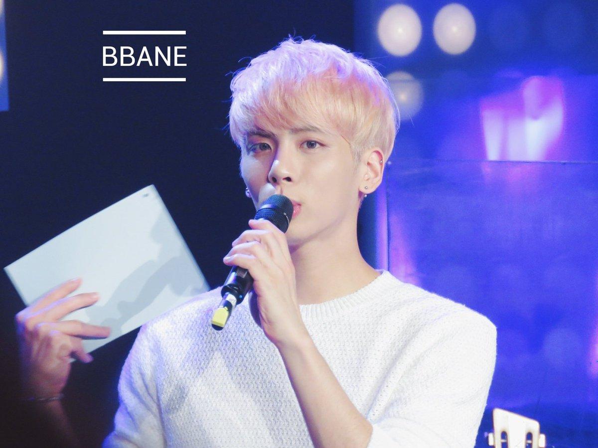 160426 Jonghyun @ MBC Live Concert - Blue Night Cg-nBTAUoAAoo_K