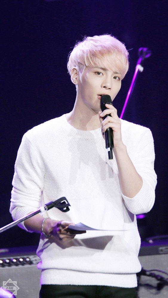 160426 Jonghyun @ MBC Live Concert - Blue Night Cg-r6DDUcAAgv9g