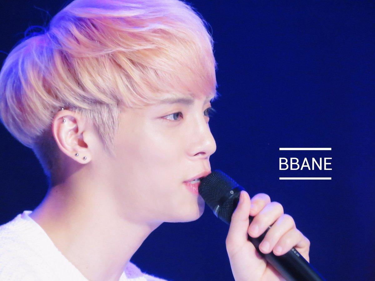 160426 Jonghyun @ MBC Live Concert - Blue Night Cg-wRpNUkAA2mCA