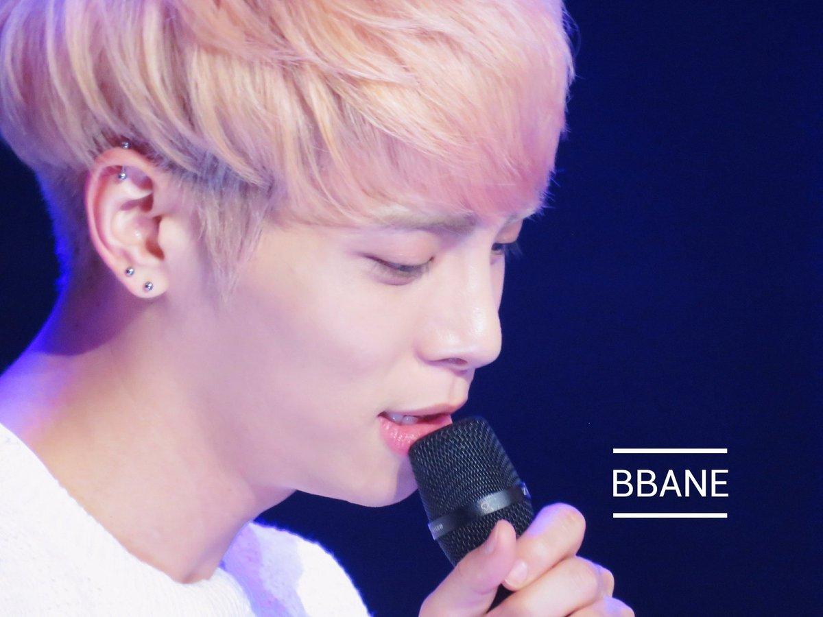 160426 Jonghyun @ MBC Live Concert - Blue Night Cg-waldU8AIqruI